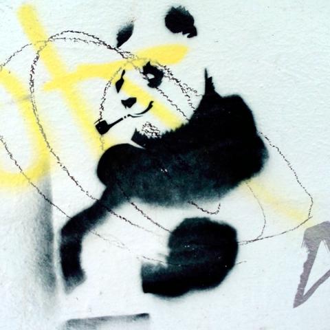 Panda mit Pfeife