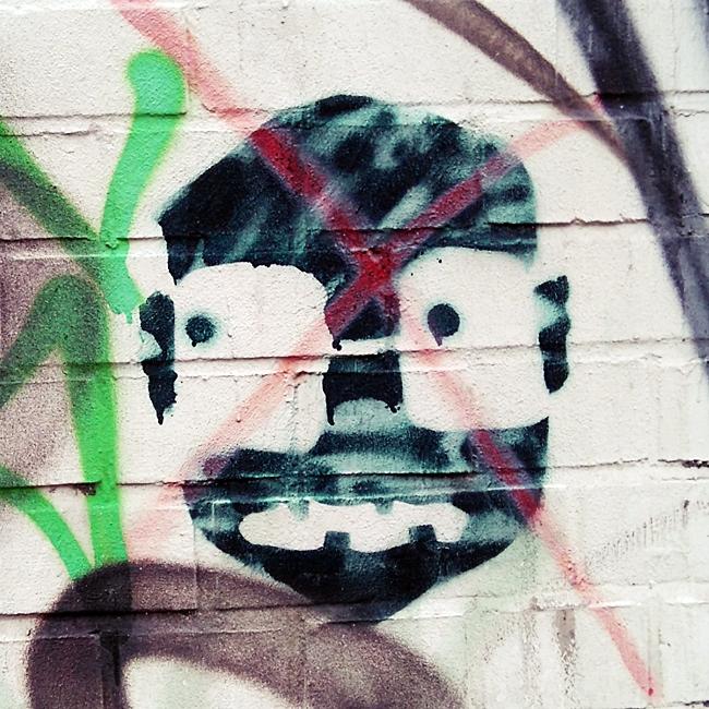 typisch altona streetart stencil