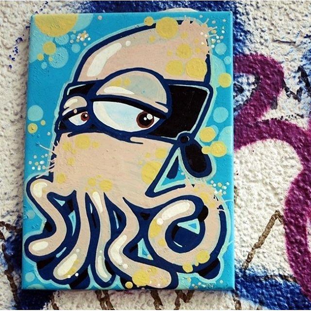 Streetart Hamburg St Pauli in der Susannenstrasse. Kachel mit Krake. #streetarthamburg#kachel#streetart007#streetartsusannenstrasse#stpauli#susannenstrasse#schanzenviertel#cool#Lindenberg heute live gelauscht